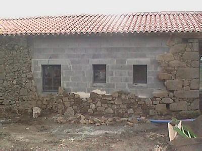 Horizons vendeens g te avec piscine pouzauges au coeur - Habillage mur exterieur en pierre ...